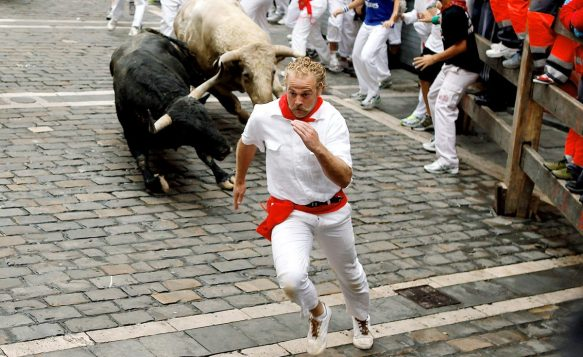 running-of-the-bulls-spain-pamplona-e1507226305428